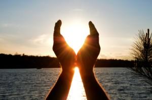 Händer och sol
